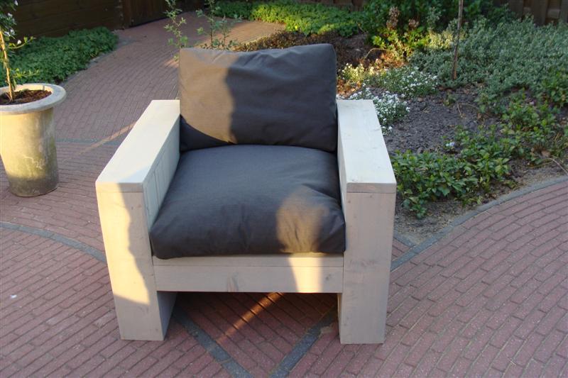 loungestoel met plofkussen (Medium)