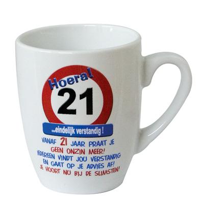 03-t-mok-21jaar